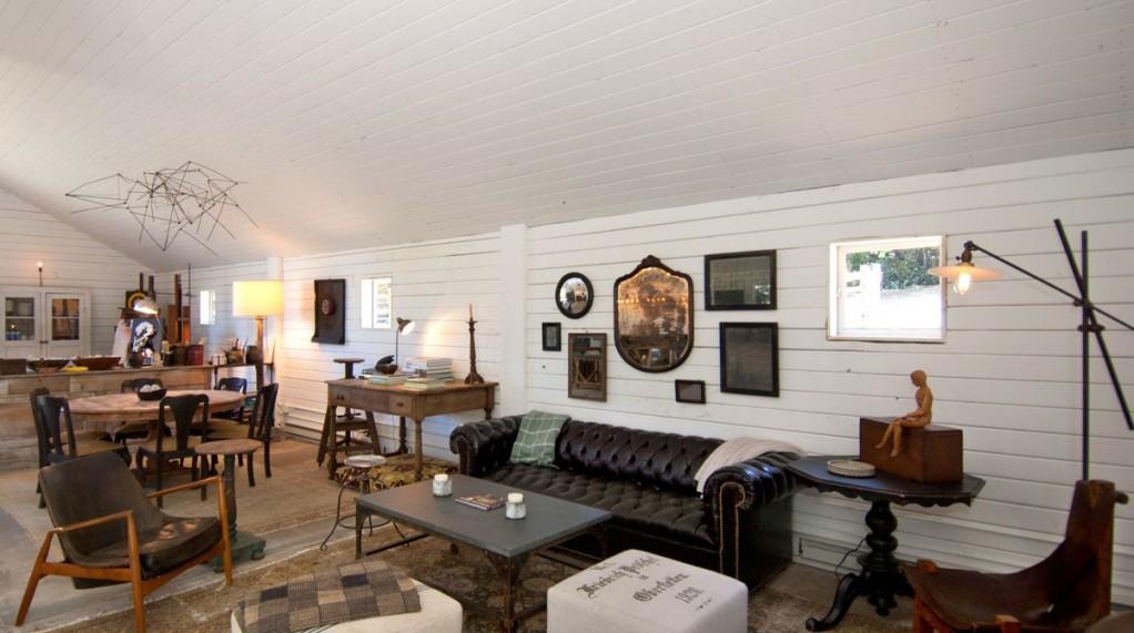 ellen degeneres' art barn, rustic interior design